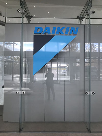 daikin_entrance